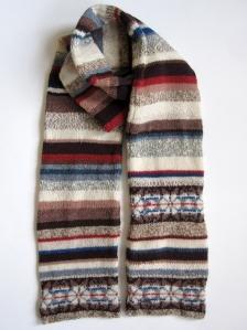 800 brn snowflake scarf 2s
