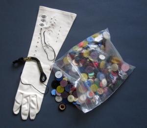glove s