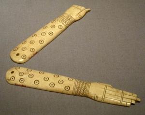 egypt hands 3s